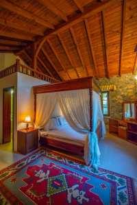 Kaya Bedroom 2