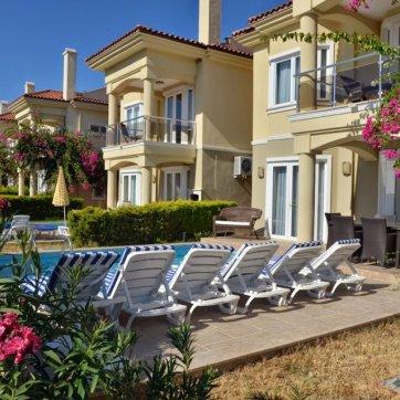 Oyster Villa